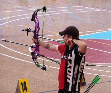 Alex González.